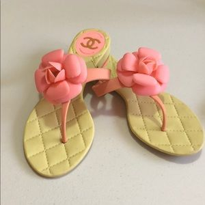 Chanel camellia pink thong sandals size 36
